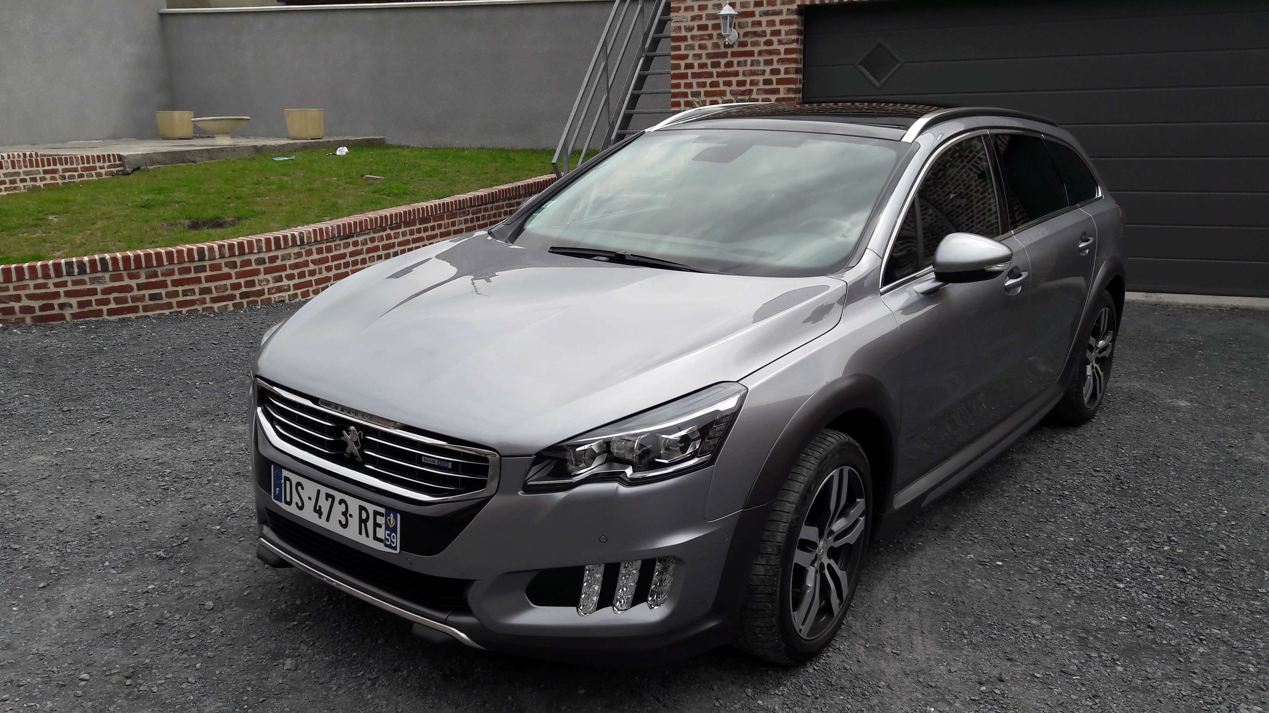 Photo 1   voiture d'occasion labellisée PEUGEOT 508 SW