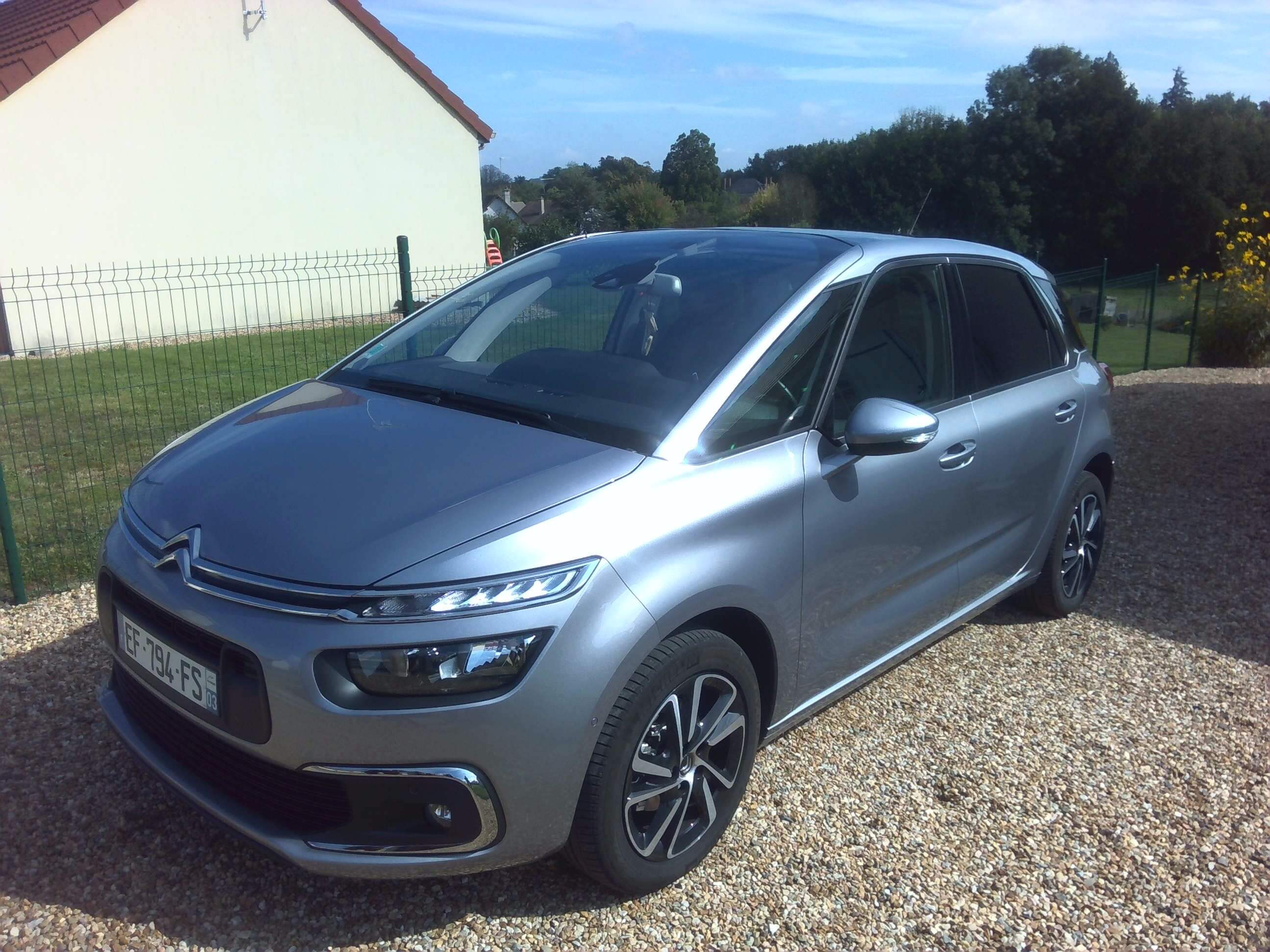 Photo 1   voiture d'occasion labellisée CITROEN C4 PICASSO
