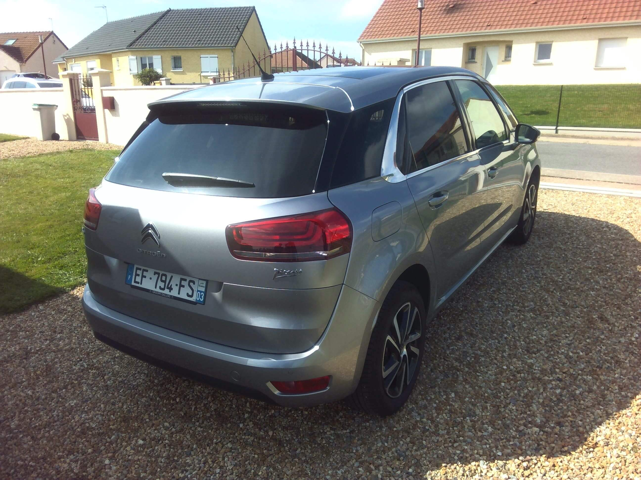 Photo 2   voiture d'occasion labellisée CITROEN C4 PICASSO